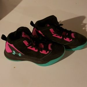 Under Armour high tops 4.5y